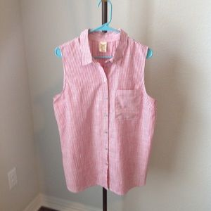 Women's Sleeveless Button down Top
